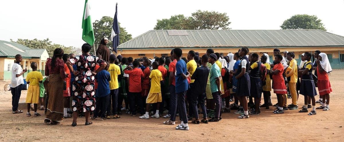 ENLÈVEMENT DE PLUSIEURS CENTAINES D'ÉTUDIANTS AU NIGERIA