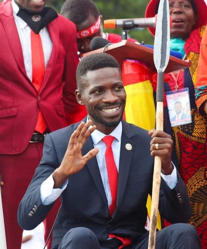 LA TENSION MONTE AUTOUR DE L'ÉLECTION PRÉSIDENTIELLE EN OUGANDA