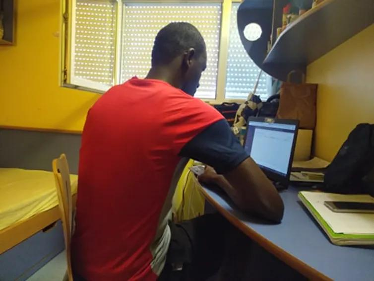 LES ÉTUDIANTS AFRICAINS FACE À LA COVID EN FRANCE