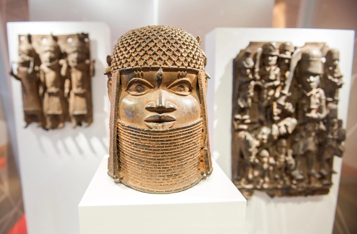 RETOUR D'OEUVRES D'ART AU NIGERIA